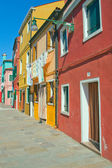 Red and yellow houses in Burano (Italy) — Photo