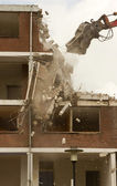 Demolishing a block of flats — Stock Photo