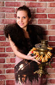 Young woman with a Russian samovar — Stock Photo