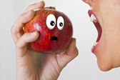 The terrified apple — Stock Photo