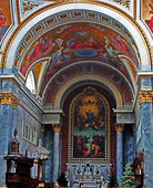 Altar and wall painting inside the cathedral — Stock Photo