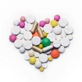 Corazón de medicamentos — Foto de Stock