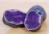 Blue Potatoes — Stock Photo