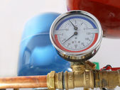 Temperature and pressure gauge — Stockfoto