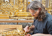 Gilding the old master crafts — Stock Photo