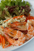 Shrimps with salad — Stock Photo