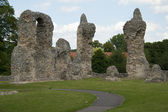 Bury st. Edmunds -Abbey Garden Ruins — Stock Photo