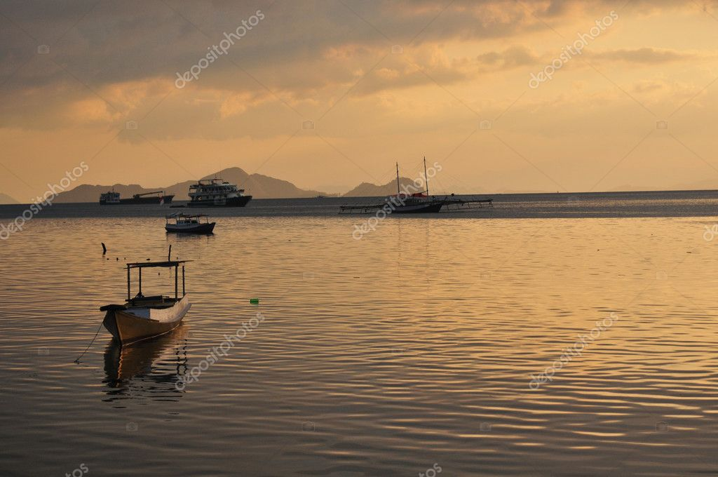 Picture was shot at the habour of Labuan Bajo, Flores, Indonesia — Stock Photo #9693729