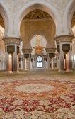 Interior of Sheikh Zayed Mosque — Stock Photo