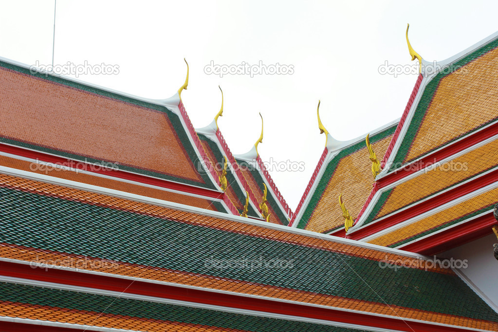 Thai temple roof — Stock Photo #10343001