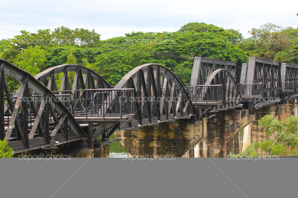 Bridge over the River Kwai in Thailand — Stock Photo #9616858