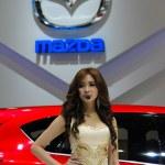 Mazda MINAGI Design Concept With Presenter — Stock Photo