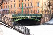 Pont sur le canal — Photo