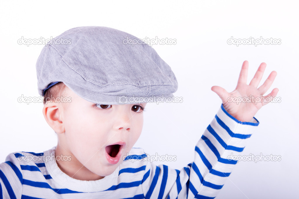 Foto child in the cap is delighted  Stock Photo #9621917