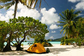 Camp on the paradise tropical beach, Maupiti, French Polynesia — Stock Photo