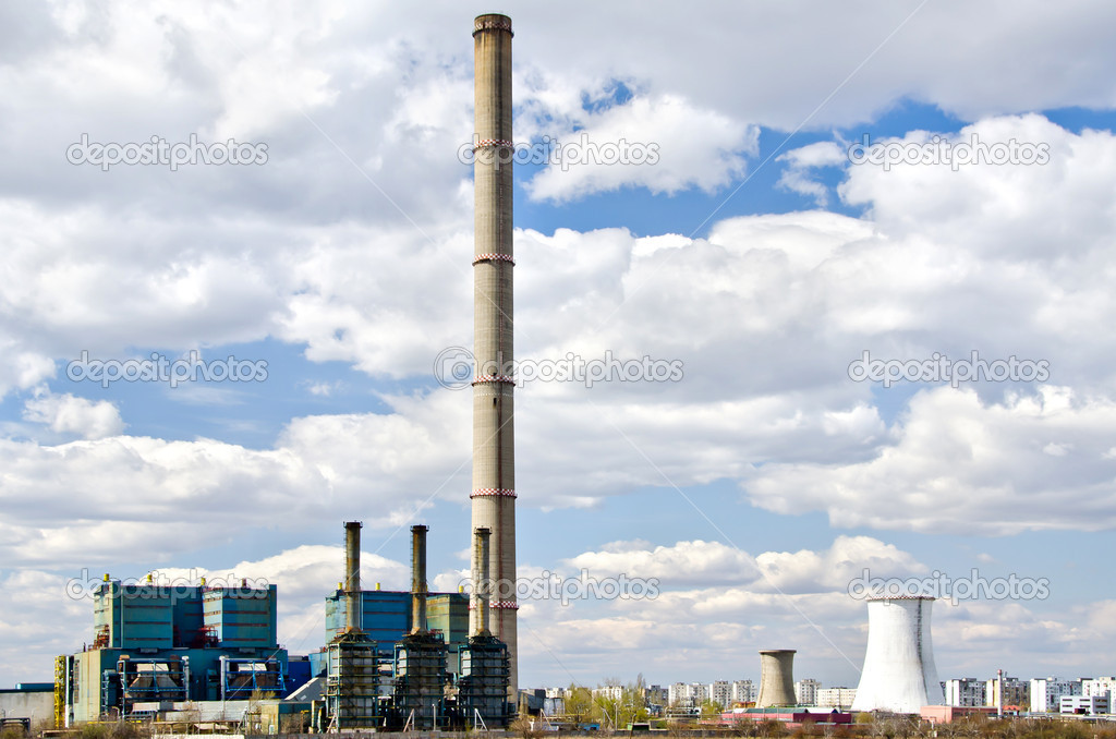 Industrial Thermal Power Station near city — Foto Stock #9798905