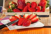 Erdbeeren in einer box — Stockfoto