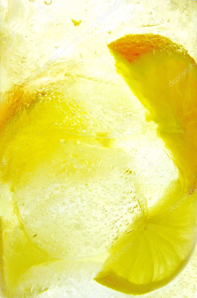 Fruit juice lemonade cocktail background with lemon and orange — Stock Photo #10199633