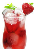 Fruit punch cocktail drink with strawberry — Stock Photo