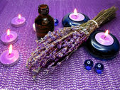 Spa candles and lavender — Stock Photo