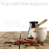 Tasse kaffee auf dem tisch — Stockfoto