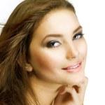 όμορφη νεαρή γυναίκα υγιή. τέλειο δέρμα美丽健康的年轻女子。完美肌肤 — Φωτογραφία Αρχείου