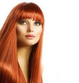 Piękna dziewczyna z zdrowy włos — Zdjęcie stockowe