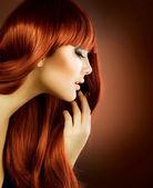 Skönhet portrait.healthy hår — Stockfoto