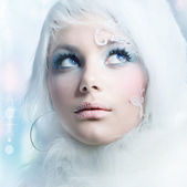 Winter Beauty. High-key Fashion Art. Perfect makeup — Stock Photo