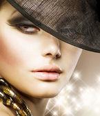 Luxury Glamour Woman.Fashion Art Portrait — Stock Photo