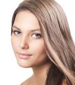 лицо красивая здоровая девочка. идеально чистую кожу — Стоковое фото