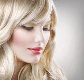 Blond Hair.Beautiful Woman Portrait.Hairstyle — Stock Photo