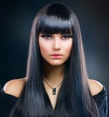 Beautiful Brunette Girl. Healthy Long Hair — ストック写真