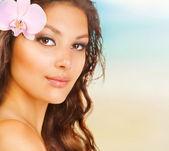 Beauty Summer Girl on the Beach — Stock Photo