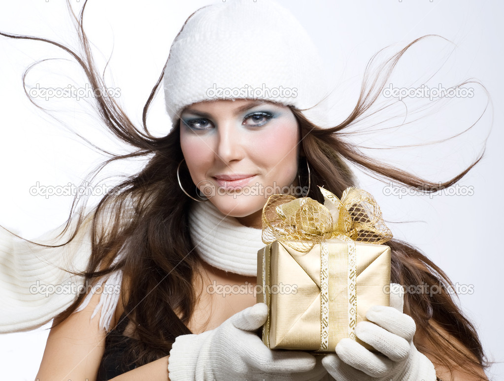 Christmas Gift. Surprised Beautiful Girl — Stock Photo #10605500