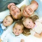 gezonde familie. geluk — Stockfoto