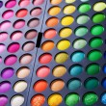 Make-up set. Professional multicolor eyeshadow palette — Stock Photo