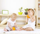 Toddlers Playing at home.Kids — Stock Photo