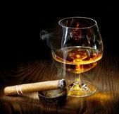 Sigaar en cognac — Stockfoto