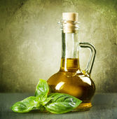 Olive Oil With Fresh Basil. Vintage Styled — Stock Photo