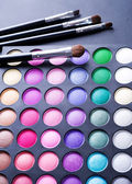 Make-up. Professional multicolour eyeshadows palette — Stock Photo