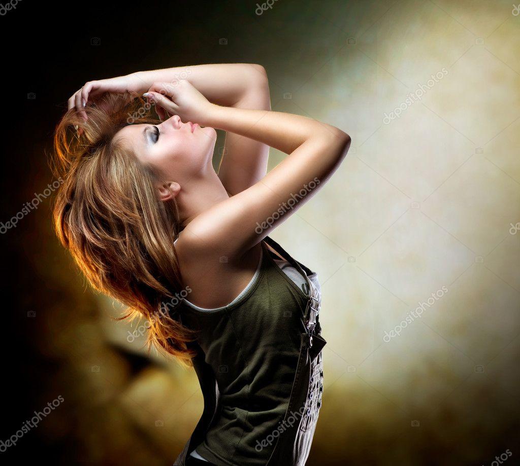 Секс танцы девочек на дискотеках 18 фотография