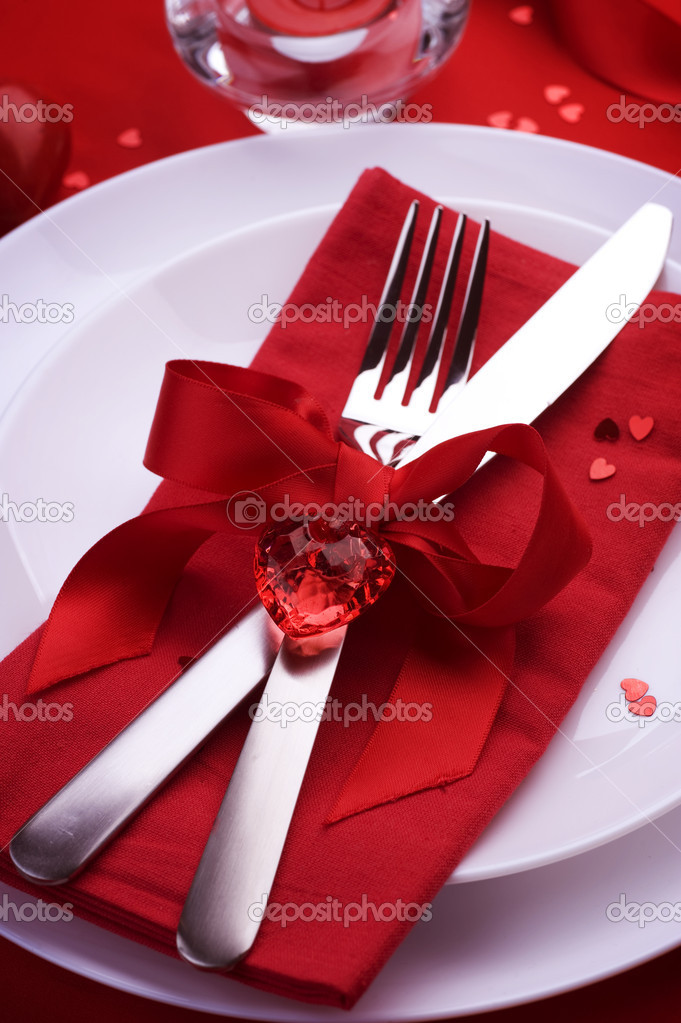 Romantic Dinner. Table place setting for Valentine's Day — Photo #10677160