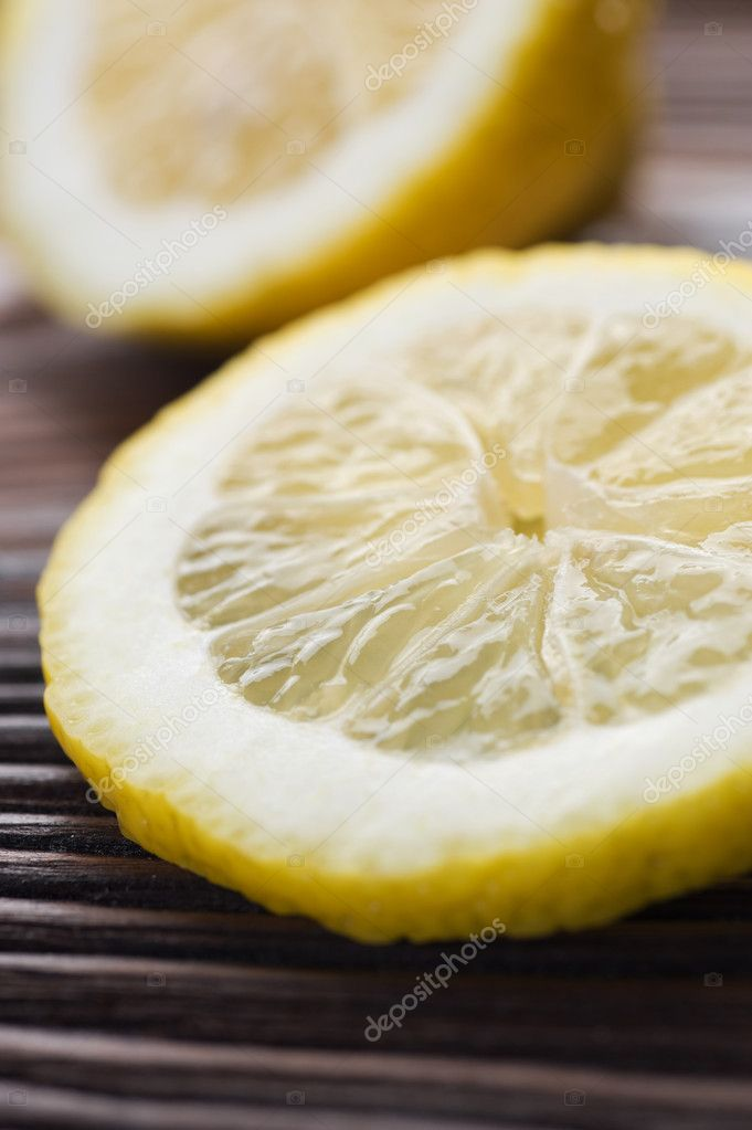 Lemon Slice Closeup. Selective Focus — Stock Photo #10677352