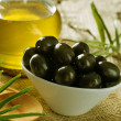 Black Olives and Virgin Olive Oil — Foto de Stock