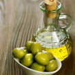 Olive Oil and Olives - 图库照片