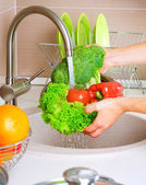 Fresh Vegetables Washing.Healthy food — Stock Photo