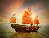 Hong Kong junk boat — Stock Photo