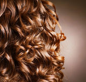 Pelo rizado. peluquería. onda natural cabello — Foto de Stock