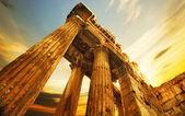 Old Ruins. Roman Columns In Baalbeck, Lebanon — Stock Photo